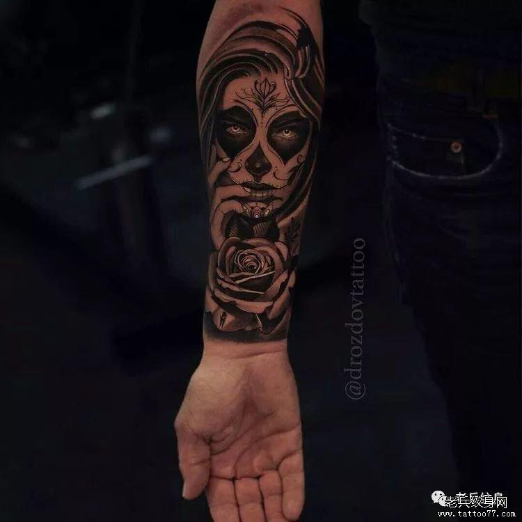 纹身主页 新闻资讯 国内国际纹身刺青资讯  男生霸气包小臂纹身图案