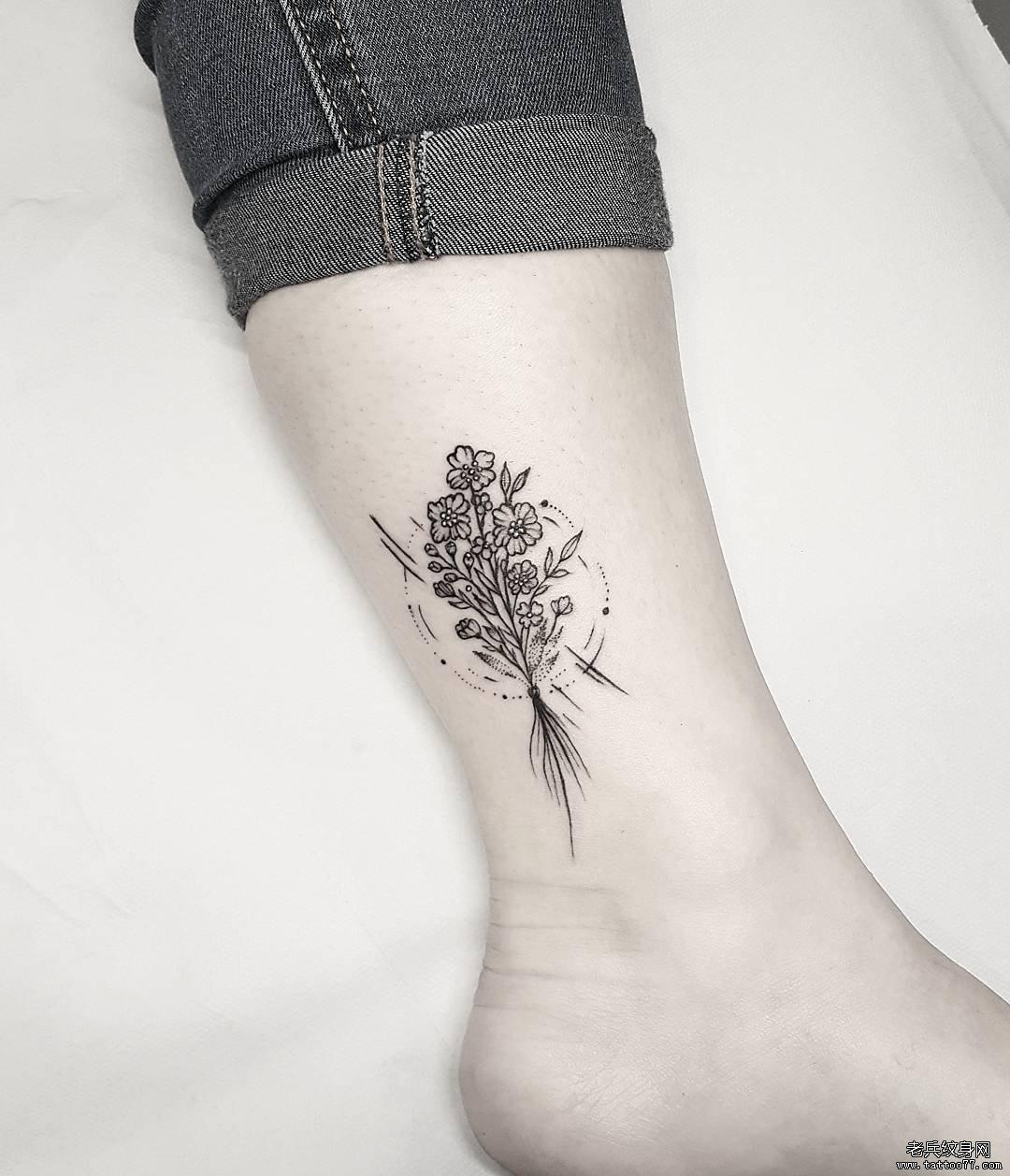 小清新花束脚踝纹身图案图片