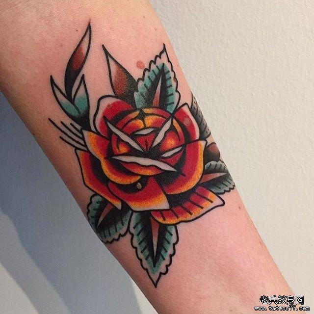色彩玫瑰纹身手稿图片