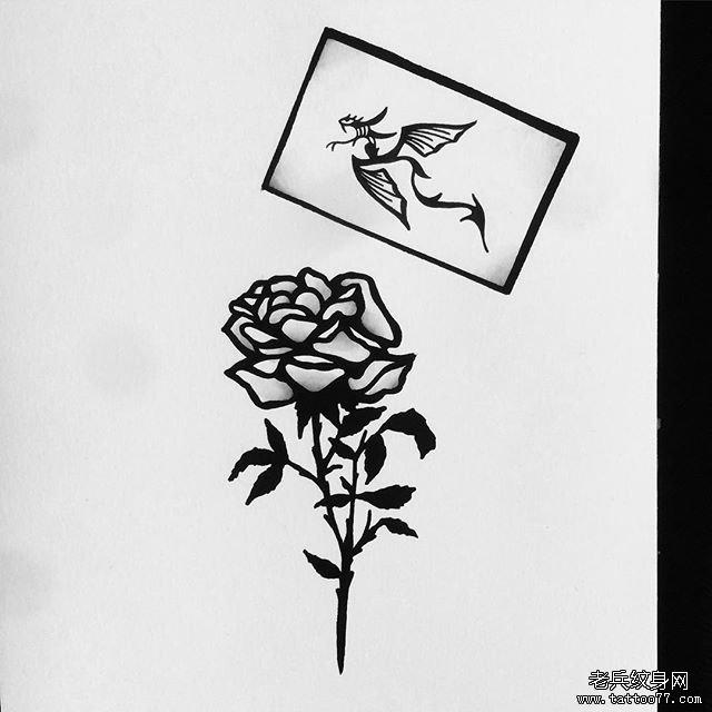 黑灰玫瑰花纹身手稿