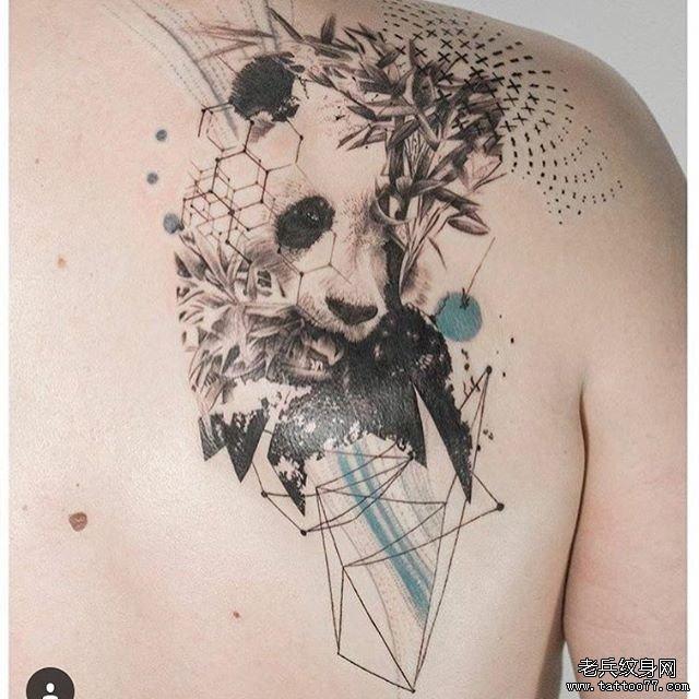 胸口熊猫纹身图案纹身