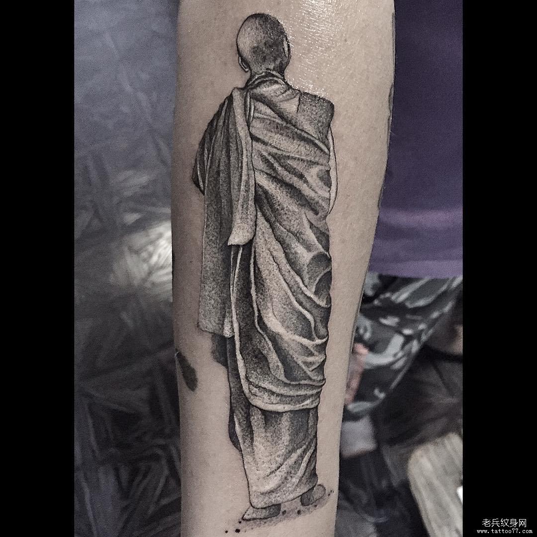 黑灰和尚纹身图案