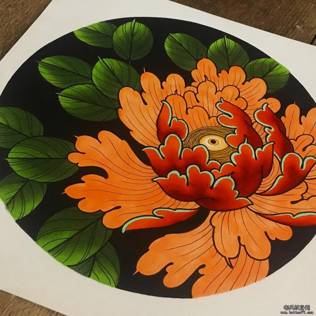 彩色牡丹花纹身图案