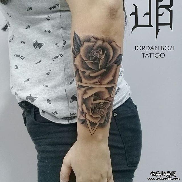 肩部school玫瑰花纹身图案