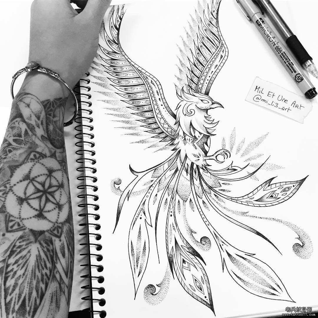 黑灰凤凰纹身手稿图案