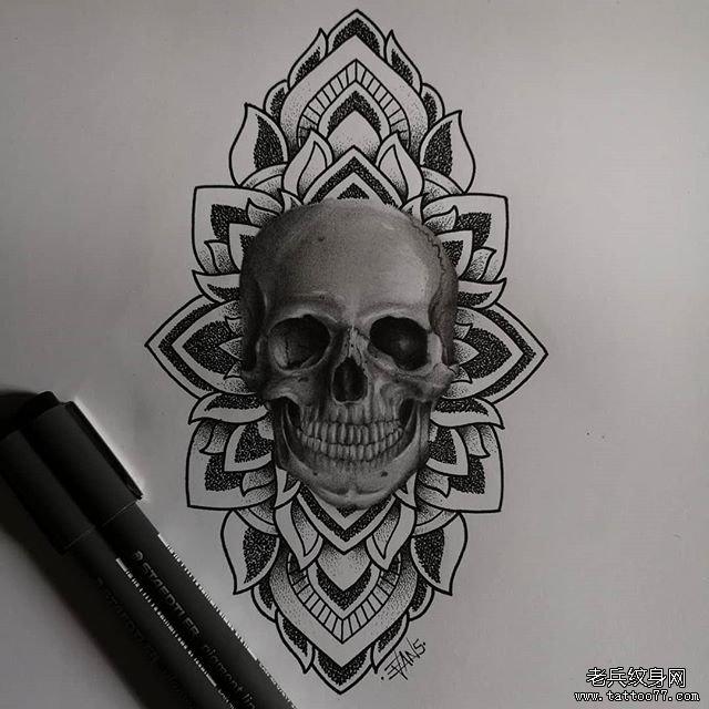 黑灰骷髅梵花纹身手稿图案