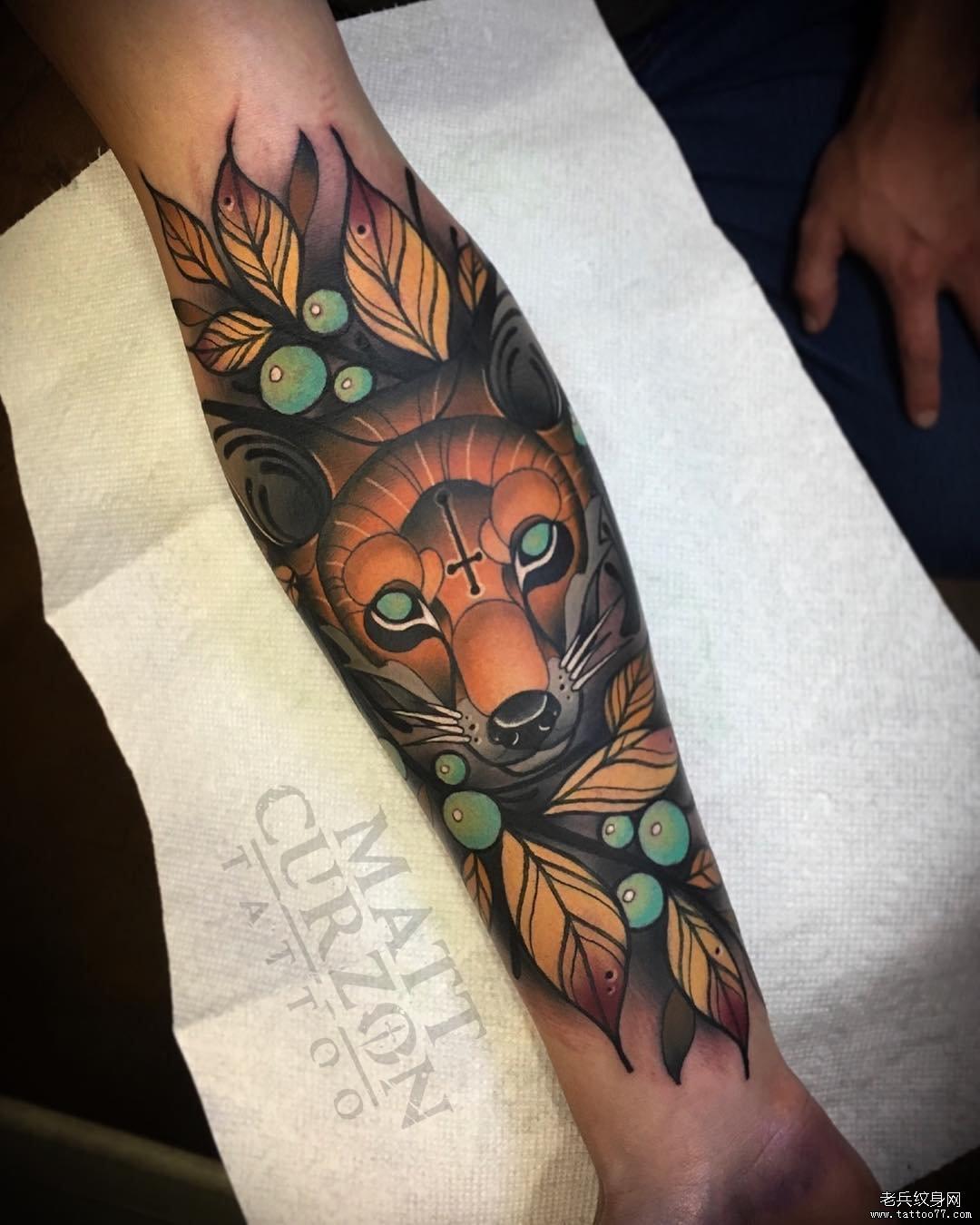 手臂school狐狸纹身图案